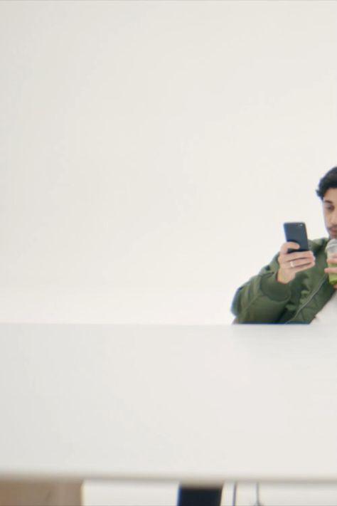 Ob geöffnet, geschlossen oder angewinkelt: Das Galaxy Z Fold2 5G  Z Flip 5G schenkt dir mehr Freiheit.