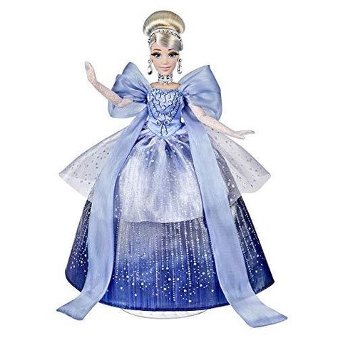 Disney Princess Style Series Holiday Style Cinderella, Christmas 2020 Fashion Collector Doll with Accessories, Toy for Girls 6 Years and Up - Default