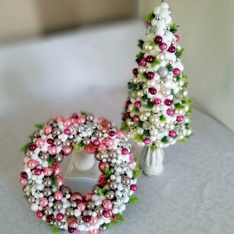 Wianek Swiateczny Rozowy I Stroik Nr 117 Swiateczne Atelier Floral Wreath Holiday Decor Floral
