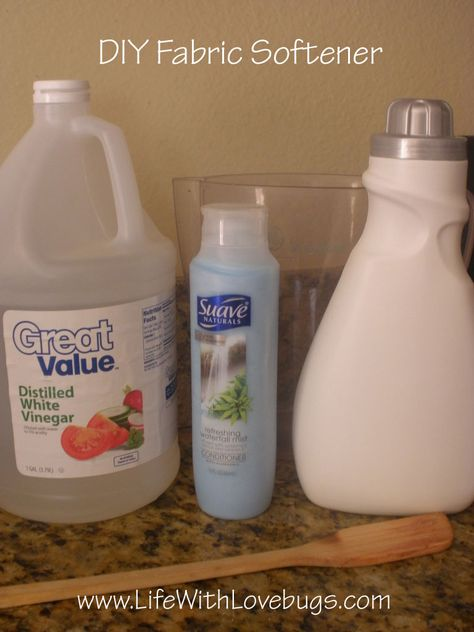 DIY Fabric Softener. Just made this. It smells really good, just have to try it in the laundry now.