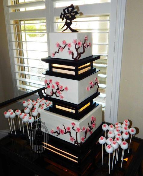 Sakura wedding - Asian themed wedding required Asian style cake, hence 3 tiered Sakura blossom cake with glowing separators. Japanese Wedding Cakes, Japanese Cake, Japanese Party, Pretty Cakes, Beautiful Cakes, Cherry Blossom Party, Cherry Blossoms, Anime Cake, Asian Party