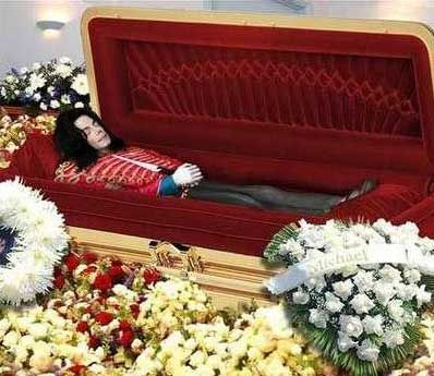 Michael Jackson in his Coffin
