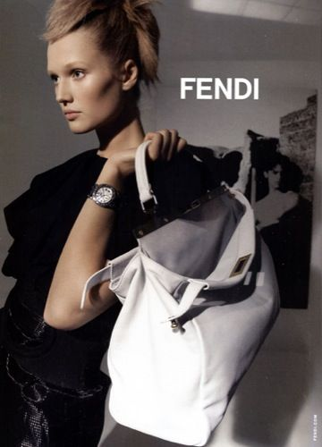Pin By Lunaluna Jun On Stylefendi Toni Garrn Fendi