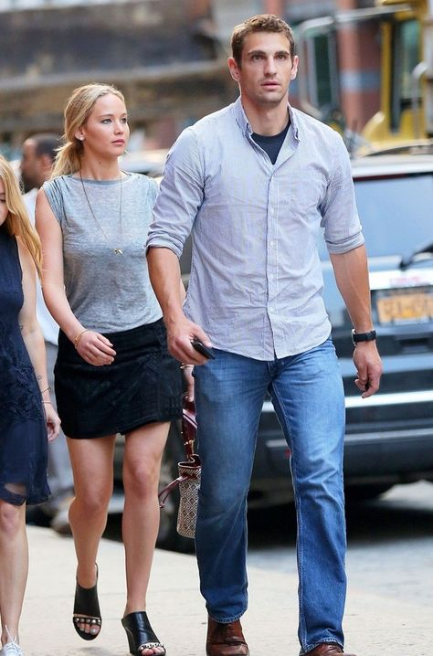 Blog de la Tele: Jennifer Lawrence y su guardaespaldas Greg Lenz lucen atractivos