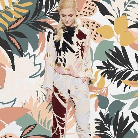 Our latest collection is here full of abstract tropical prints #tropicalprint #textilestudio #abstractprint #tropicalpattern Our latest collection is here full of abstract tropical prints #tropicalprint #textilestudio #abstractprint
