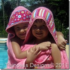Hooded Towel Tutorial...Im feeling crafty...I plan on breaking out the sewing machine and making two or three of these! =)