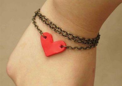 صور بدون كتابة عن الحب والرومانسية عالم الصور Heart Charm Bracelet Heart Charm Tiffany Heart