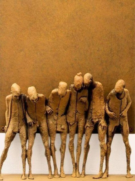 WEBSTA @ durmoosh - Max Leiva - 6 Hermanos (bronze with iron rust patina) [detail] aprox. 46 x 21 cm.