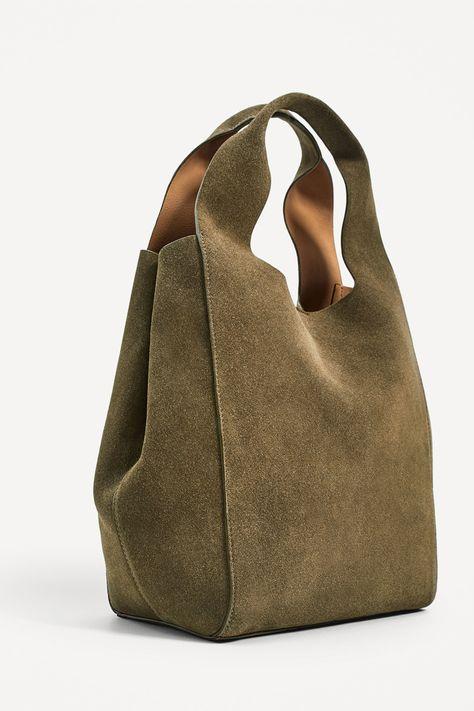 Zara& 100 favorites for this summer- Los 100 favoritos de Zara para este verano Salvatore Ferragamo, Fabric Bags, Cloth Bags, Handmade Bags, Large Bags, Purses And Bags, Turquoise, Ruthie Davis, Nicholas Kirkwood