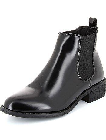 en venta ff749 0dbed Botines Chelsea de charol Mujer - Kiabi - 20,00€ | zapatos ...