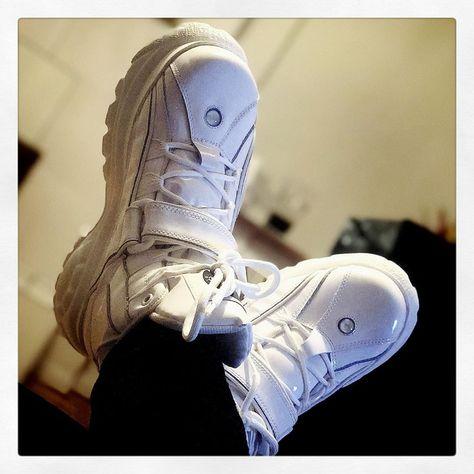 Lesbische Stiefel Füße Anbetung