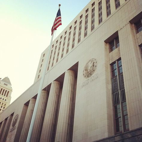 """The U.S. Courthouse, built between 1937 and 1940 as the U.S. Post Office and Court House, was the third federal building constructed in Los Angeles.  The U.S. Courthouse has been the venue for a number of notable court cases, beginning in the 1940s with paternity cases against Clark Gable and Charlie Chaplin, and a breach of contract suit filed by Bette Davis against Warner Brothers. The House Un-American Activities Committee met in the building in 1947 to gather information on Hollywood personalities suspected of Communist involvement. In 1973 the federal government case against Daniel Ellsberg for leaking the """"Pentagon Papers"""" was heard in the U.S. Courthouse."""