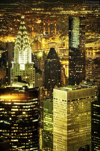 """expecttheunexpectedtoday: """" expecttheunexpectedtoday Chrysler Building, Grand Central Station, Midtown East, New York City German travel, architecture and night shot photographer Jorg Dickmann """""""