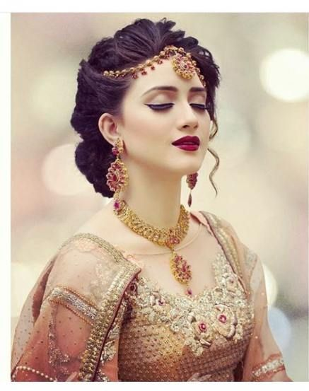 40 Trendy Pakistani Bridal Hairstyles For Round Face Bridal Face Hairstyles Pakistani Trend Indian Bridal Makeup Pakistani Bridal Hairstyles Bridal Hair