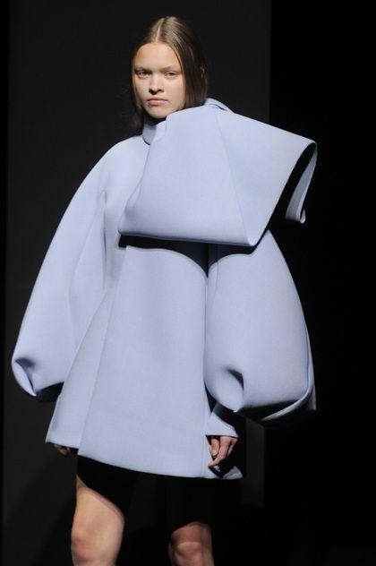 Dice Kayek Couture Fall Winter 2014 Paris
