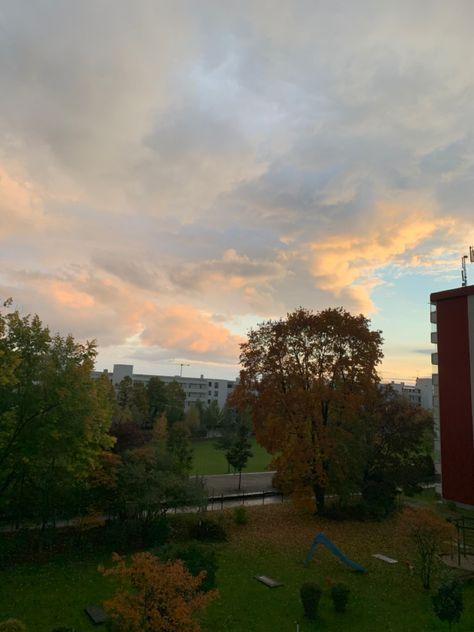 #autumn #herbst #munich #nofilter #autumncolors #wallpaper