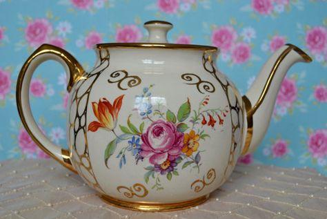 dating Sadler teapots