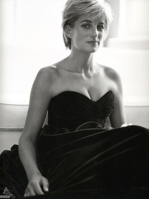 Top quotes by Princess Diana-https://s-media-cache-ak0.pinimg.com/474x/da/3c/4d/da3c4dbd398b41cb284774a4d076bb34.jpg
