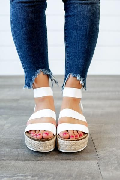 steve madden white kimmie sandals