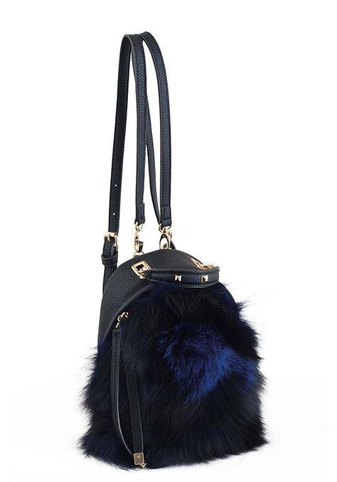 a9f7117c83ad Черный женский рюкзак-сумочка с мехом YES WEEKEND - купить в Киеве, выгодная  цена на Женские рюкзаки в интернет магазине брендовых сумок stunner.com.ua