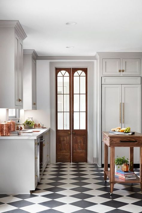 kitchen flooring The Scrivano House from Fixer Upper Kitchen decor Style At Home, Interior Design Kitchen, Kitchen Decor, Kitchen Pantry, Kitchen Ideas, Pantry Ideas, Kitchen Colors, Kitchen Storage, Wooden Kitchen