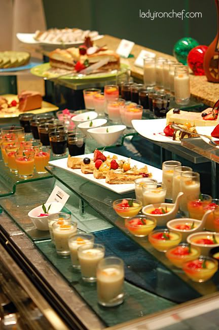 Love All The Different Levels | Parties!  Decorating/setup Ideas |  Pinterest | Buffet, Glass And Food