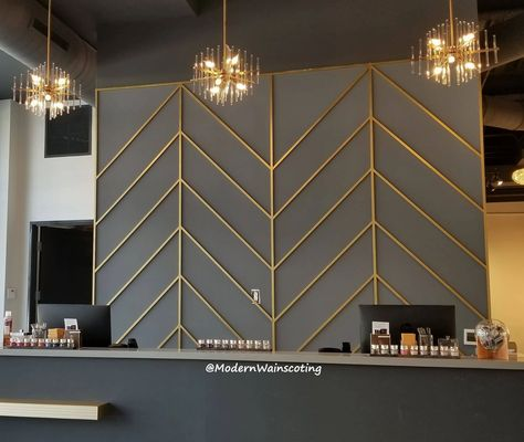 Modern Wainscoting - Home Feature Wall Design, Feature Walls, Painted Feature Wall, Kitchen Feature Wall, Wainscoting Wall, Room Deco, Accent Wall Bedroom, Accent Walls, Style Deco
