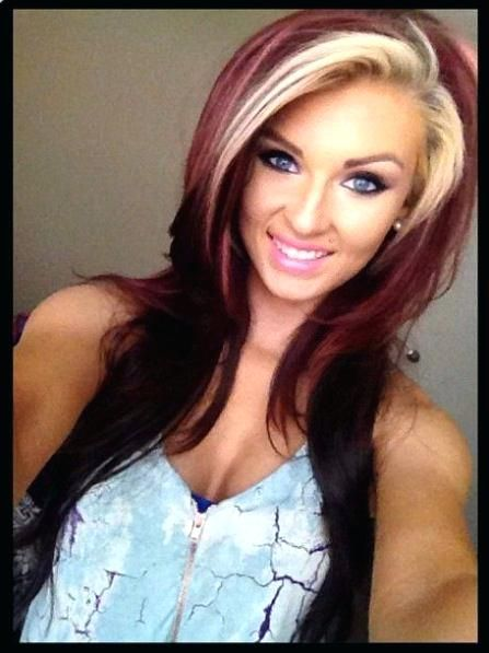 Two Toned Hairstyles Blonde And Red Two Tone Hair Color For Girl Hair Styles Hair Beauty Hair