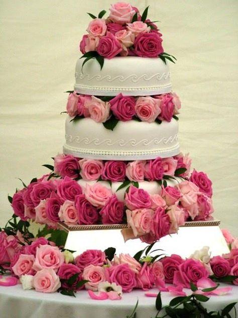 Hermosa torta de bodas o 15 años