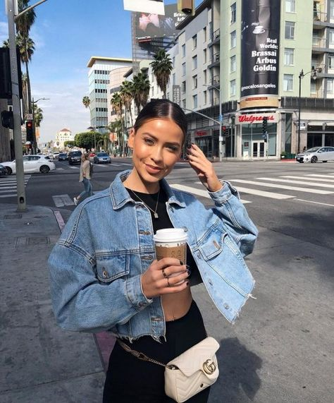 teenage 36 fashion teenage to look cool and fashionable 18 – JANDAJOSS.ME 36 fashion teenage to look cool and fashionable 18 – JANDAJOSS. Cute Spring Outfits, Cute Outfits, Trendy Outfits, Sporty Outfits, Black Outfits, Classy Outfits, Winter Outfits, Cropped Denim Jacket Outfit, Overalls Outfit
