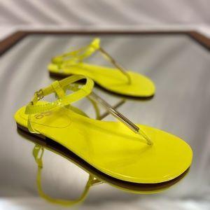 Yellow sandals, Neon yellow