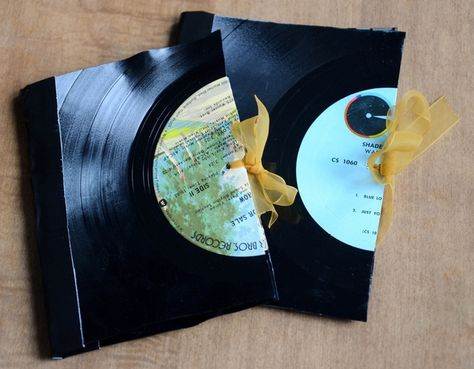 10 Diy Gifts You Can Make In Less Than An Hour Diy Vinyl Vinyl Record Crafts Record Crafts