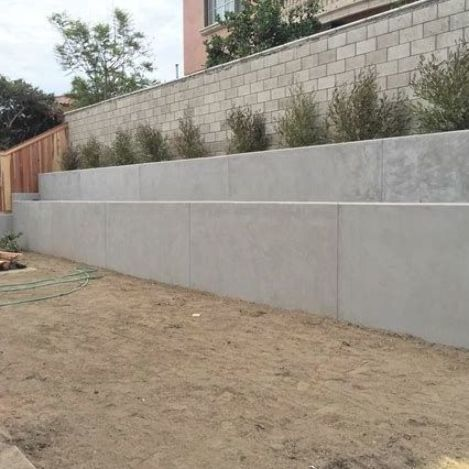 25 Diy Retaining Wall Ideas Hillside Diy Cheap Basement Stone Backyard In 2020 Concrete Retaining Walls Backyard Retaining Walls Landscaping Retaining Walls