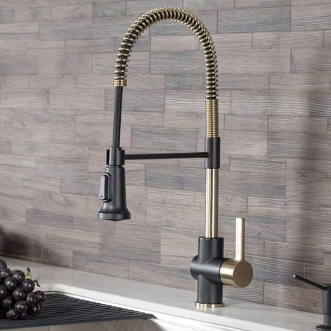 Create an industrial look with modern appeal with this KRAUS Britt Single-Handle Pull-Down Sprayer Kitchen Faucet in Brushed Gold and Matte Black. Shower Faucet, Bathroom Faucets, Shower Fixtures, Bath Taps, Shower Hose, Rain Shower, Best Kitchen Faucets, Gold Kitchen Faucet, Kitchen Faucets Pull Down