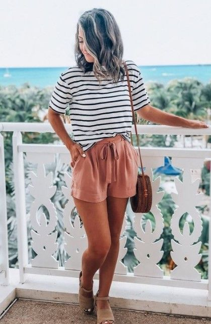 15 Cute Simple Summer Vacation Outfit Ideas to Copy - Bacayux