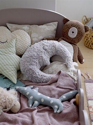 Kuschelige Kissen Fur Das Kinderzimmer Kinder Zimmer Kinderbett Madchen Kissen