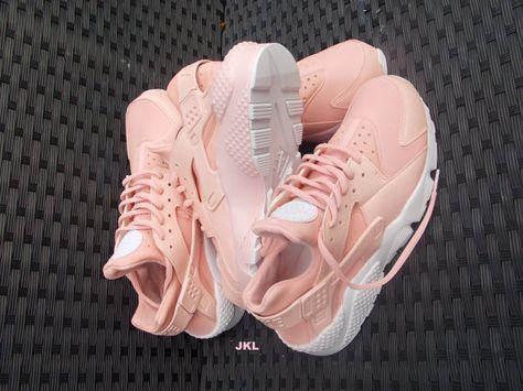 Baby Pink Rose Nike Air Huarache Rosa Nike Huarache by JKLcustoms ...