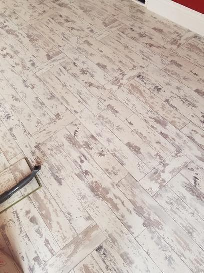 Innovations Maui Whitewashed Oak 8 Mm Thick X 11 1 2 In Wide X 46 1 2 In Length Click Lock Laminate Flooring Flooring Laminate Flooring Oak Laminate Flooring Facturación de tickets de the home depot. oak laminate flooring
