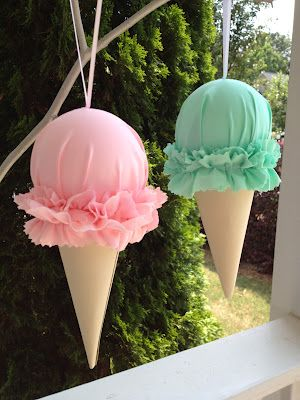 cheriesparetime: Fabric Ice Cream Cones - scoopful of blessings mother/daughter banquet - Ice Cream Decorations, Balloon Decorations, Birthday Decorations, Candy Land Decorations, Giant Ice Cream, Diy Ice Cream, Ice Cream Cones, Ice Cream Stand, Ice Cream Theme