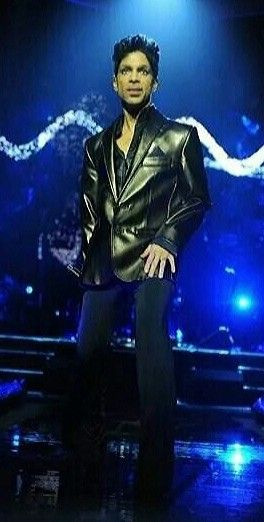 Love a guy in a black leather jacket!   Prince rogers nelson, Pretty men,  Purple legend