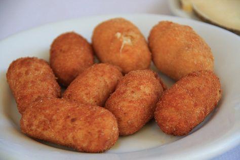 Croquetas de pollo caseras: 3 formas distintas de hacerlas | Cocinar en casa es facilisimo.com