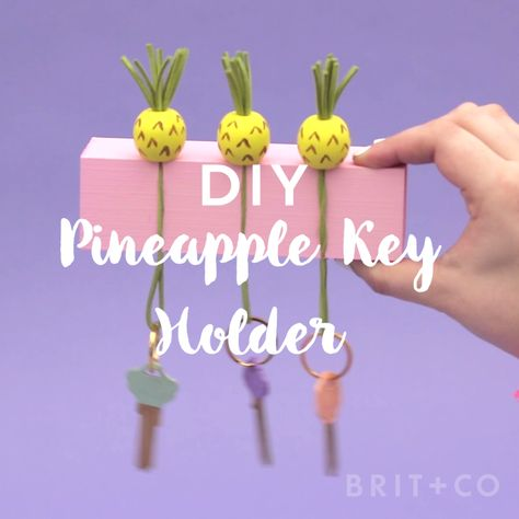 Make a pineapple key holder for your home by following this video DIY tutorial. #DrugstoreBeautyProducts