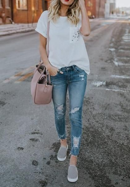 Minimalist Outfit Ideas For Fall 2018 01 40 Casual Bomber Jacket Outfits for Winters 'Cause it's Back in Trend'