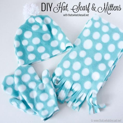Best Sewing Projects to Make For Girls - DIY Hat Scarf And Mittens - Creative Sewing Tutorials for Baby Kids and Teens - Free Patterns and Step by Step Tutorials for Dresses, Blouses, Shirts, Pants, Hats and Bags Fleece Hat Pattern, Fleece Patterns, Mittens Pattern, Sewing Patterns, Dress Patterns, Fleece Crafts, Fleece Projects, Sewing Projects For Kids, Diy Projects