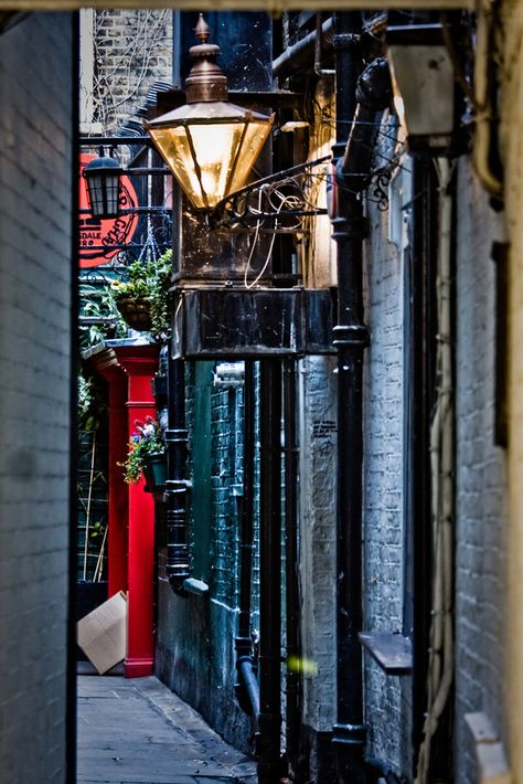 I see London I see France, I see enchanting alleyways! TheCultureTrip.com's London content will get you itching to explore this mysterious city. (image via buzzfeed)  #RePin by AT Social Media Marketing - Pinterest Marketing Specialists ATSocialMedia.co.uk