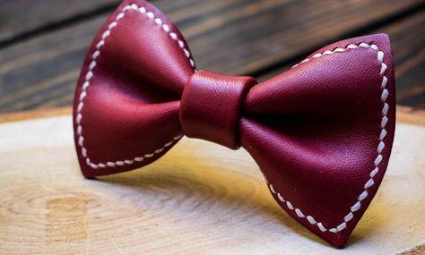 Navy Blue And Pink Dots Mens Creative Banquet Fashion Bow Ties