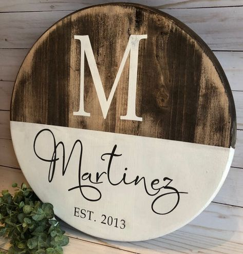 Staking Diy Woodworking The Family Handyman Diy Wood Signs, Rustic Wood Signs, Pallet Signs, Popular Woodworking, Diy Woodworking, Woodworking Furniture, Etsy Furniture, Outdoor Furniture, Style At Home