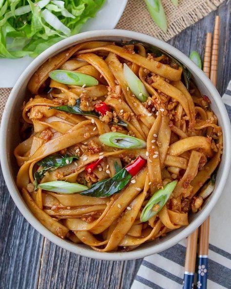 Healthy Recipes, Vegetarian Recipes, Healthy Food, Vegan Fish, Noodle Recipes, Vegan Dinners, Plant Based Recipes, Good Food, Tasty