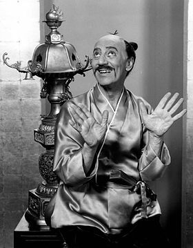 Top quotes by Groucho Marx-https://s-media-cache-ak0.pinimg.com/474x/da/f8/cc/daf8cc26e53125606e0349a383b3d135.jpg