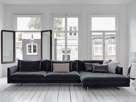axel xl sofa by gijs papavoine for montis inspiratie postma